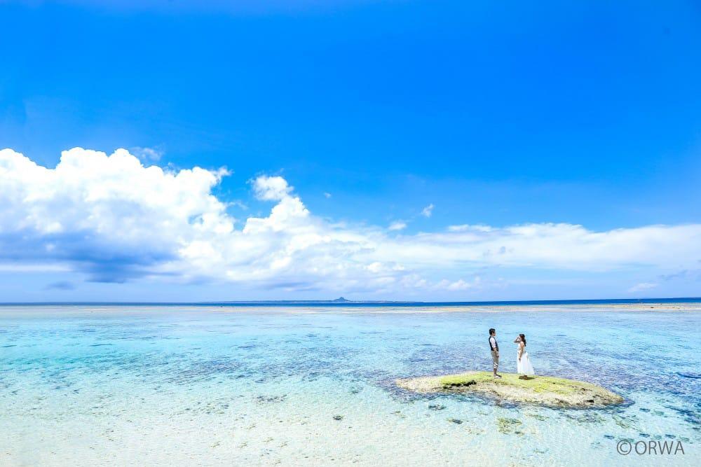 沖縄ならではの「青い海と青い空」を体験できる