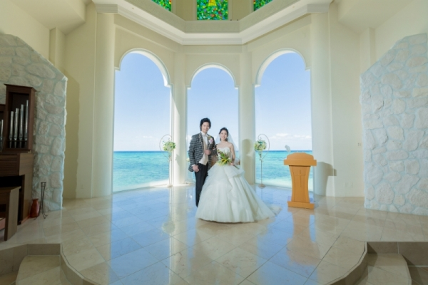Dress fitting,Chapel and Beach photo plan on separate dates.
