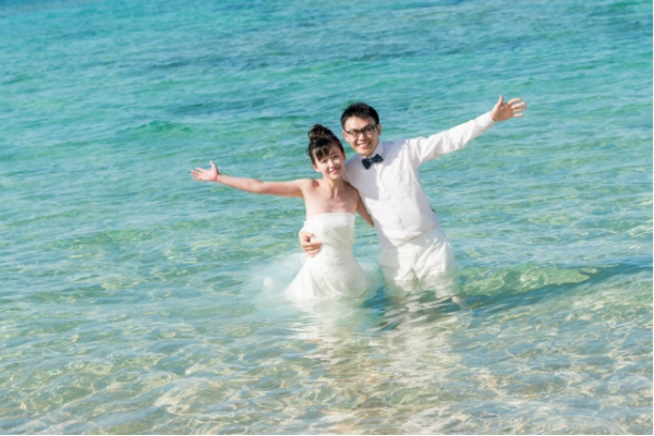 "WEB-only Beach Photo Plan ""Trash The Dress"" Simple Plan -Full Pck(Okinawa Main Island)"